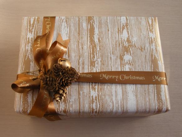 Christmas wrappings 013