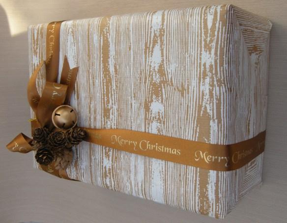 Christmas wrappings 014