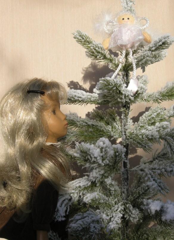Christmas wrappings 042