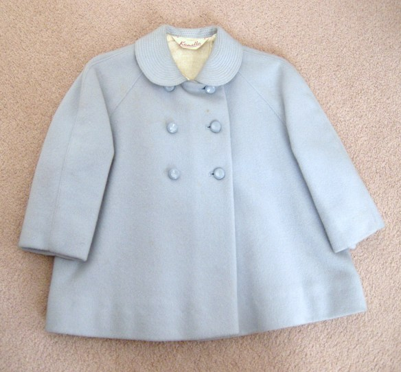 Chon's fist Kamella Coat 001