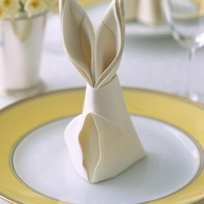 Easter - Easter decor - holiday decorating - decor - easter bunny - easter egg - easter bunny ears napkin - table decor via pinterest